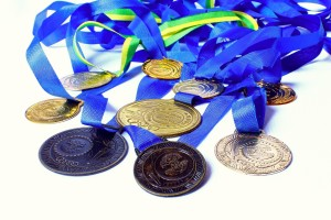 medal-646943_1280-2